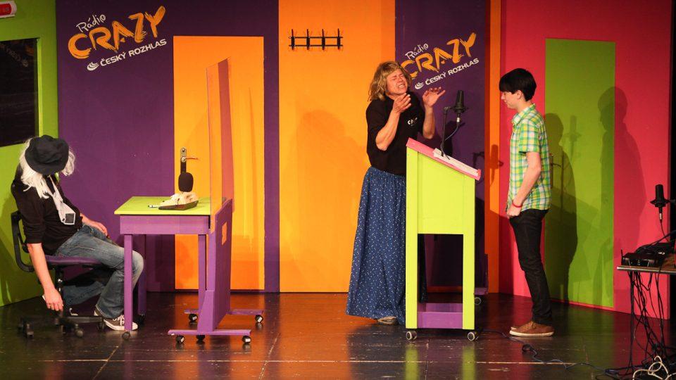 Interaktivní divadelní inscenace Jak (ne)dělat radio