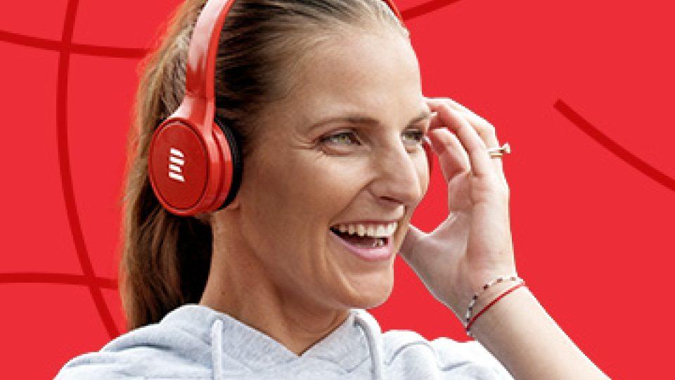 Ambasadorem reklamní kampaně na Radiožurnál Sport je mimo jiné tenistka Karolína Plíšková
