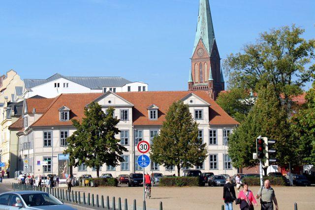 Život v Schwerinu