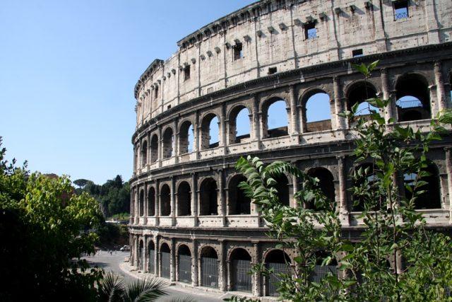 Ačkoli zanikly, mnoho ze starých civilizací přetrvává dodnes.