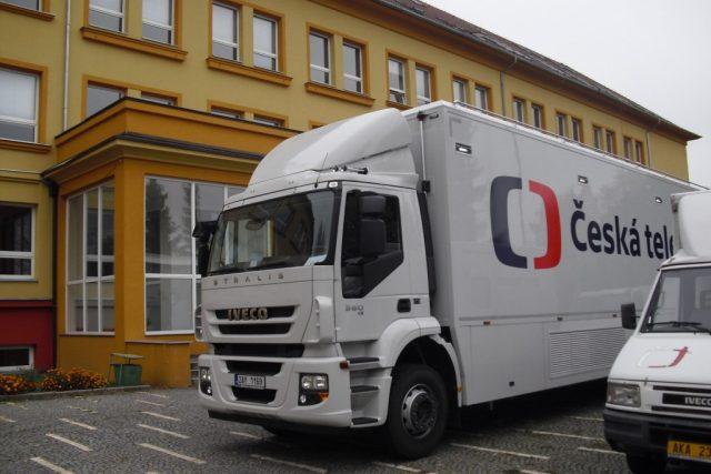 Přenosový vůz České televize  (ilustrační foto) | foto: Radek Ctibor