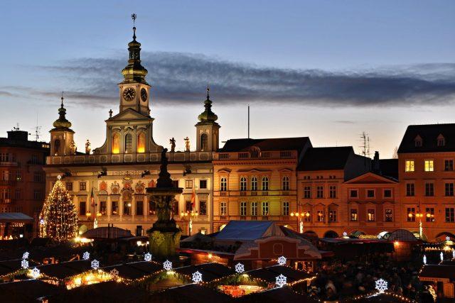 Adventní trhy na českobudějovickém náměstí