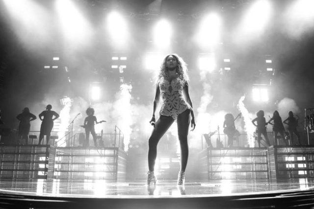 Zpěvačka Beyoncé tvoří se svým manželem,  rapperem Jay-Z nejvlivnější hudební pár součásnosti | foto: oficiální Facebook Beyoncé