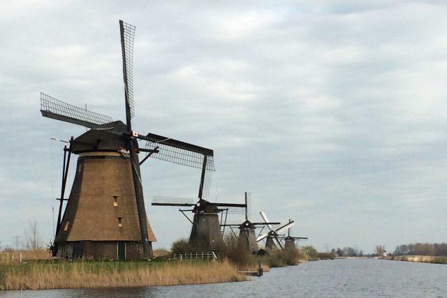 Věděli jste, že nizozemské mlýny stále ještě fungují?