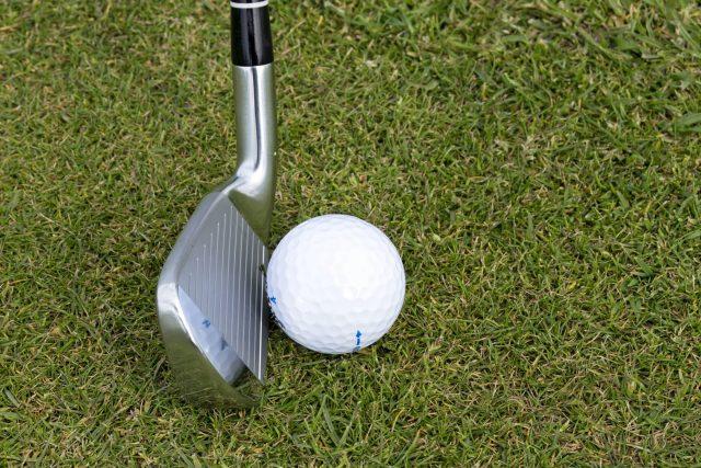golf (ilustr. obrázek)