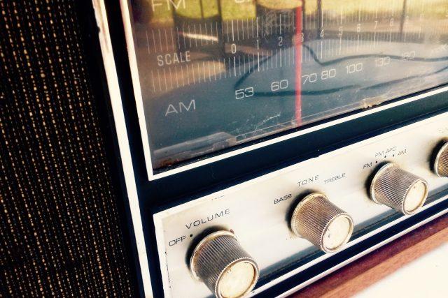 Rádio - rozhlasový přijímač