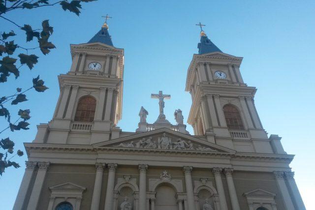 Věže Katedrály Božského Spasitele v Ostravě