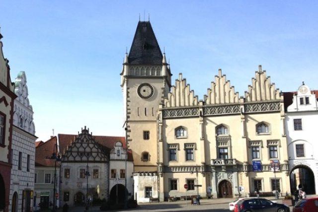 Žižkovo náměstí v Táboře-gotická radnice