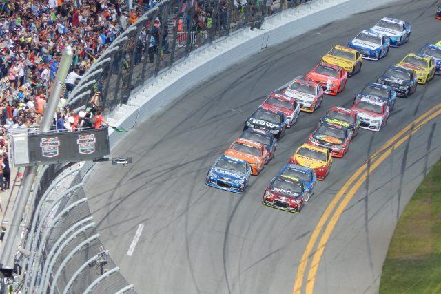 Závody NASCAR  (ilustrační foto) | foto:  CC BY-SA 4.0