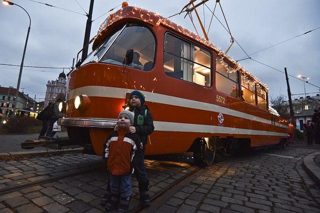 Mazací tramvaj, rozsvícení vánoční mazací tramvaje, mazačka