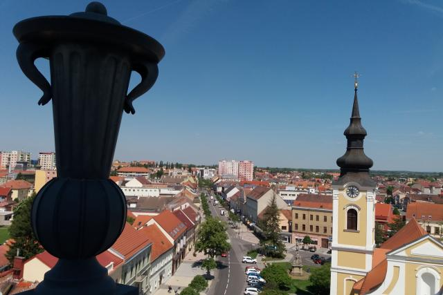 Z radničí věže se mohou Hodoňané podívat na své město z nové perspektivy