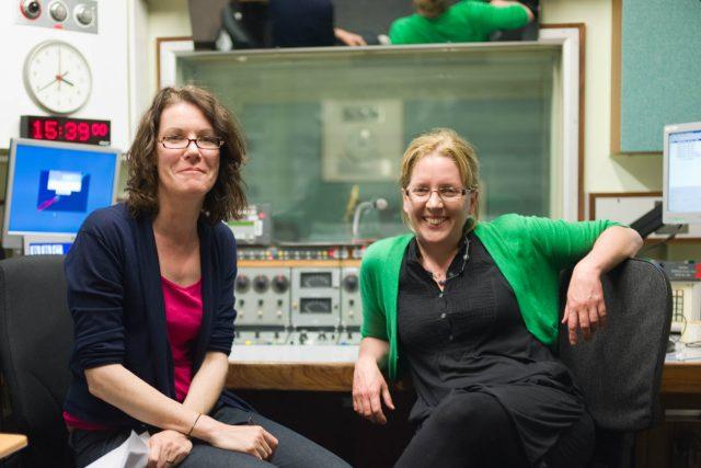 Annette Mackenzie a Carrie Gracie v BBC