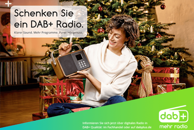 Vánoční kampaň na propagaci DAB+ rádia pro rok 2017.