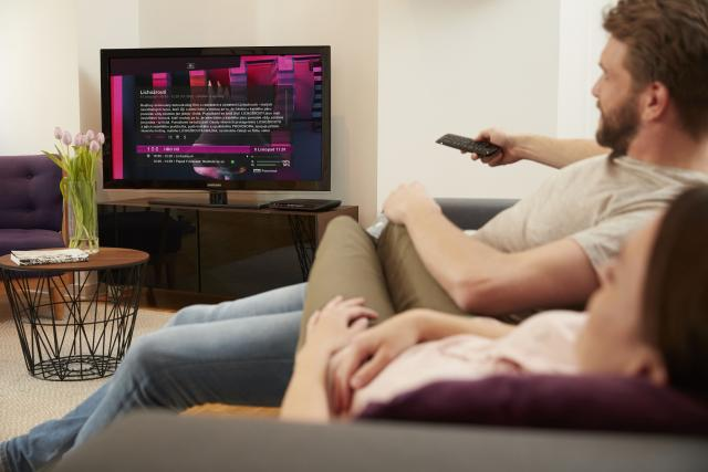 T-Mobile se vrací k satelitní televizi.