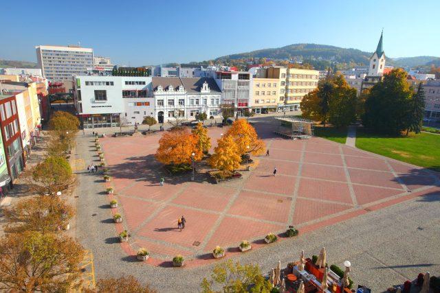 Náměstí ve Zlíně v průběhu podzimu   foto:  Jsf Abb - Josef Řezníček