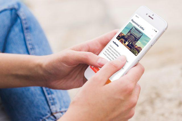 Audio portál mujRozhlas ve verzi pro mobilní telefony