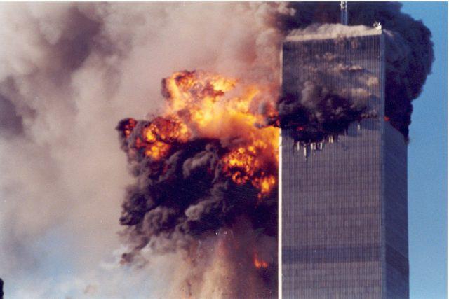 Teroristický útok na budovy Světového obchodního centra v New Yorku 11. září 2011.